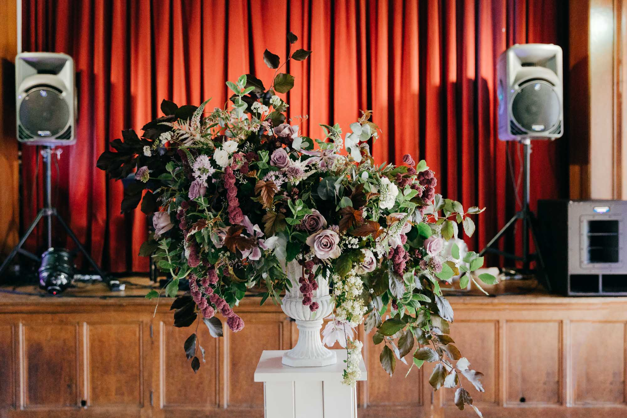 Natural wedding photography by Gloucestershire wedding photographer Amber Marie Photography
