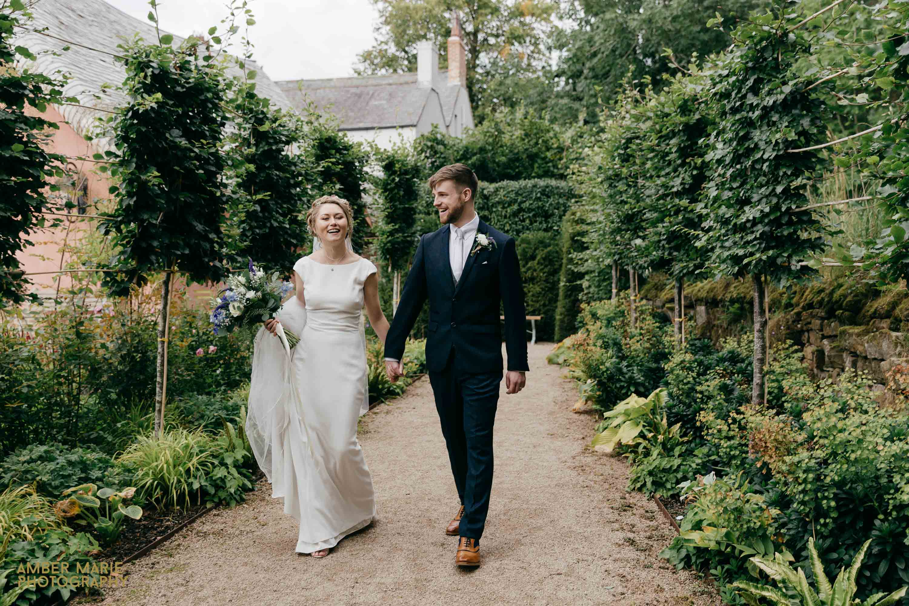 Le Petit Chateau Wedding Photography Gloucestershire Wedding Photographers