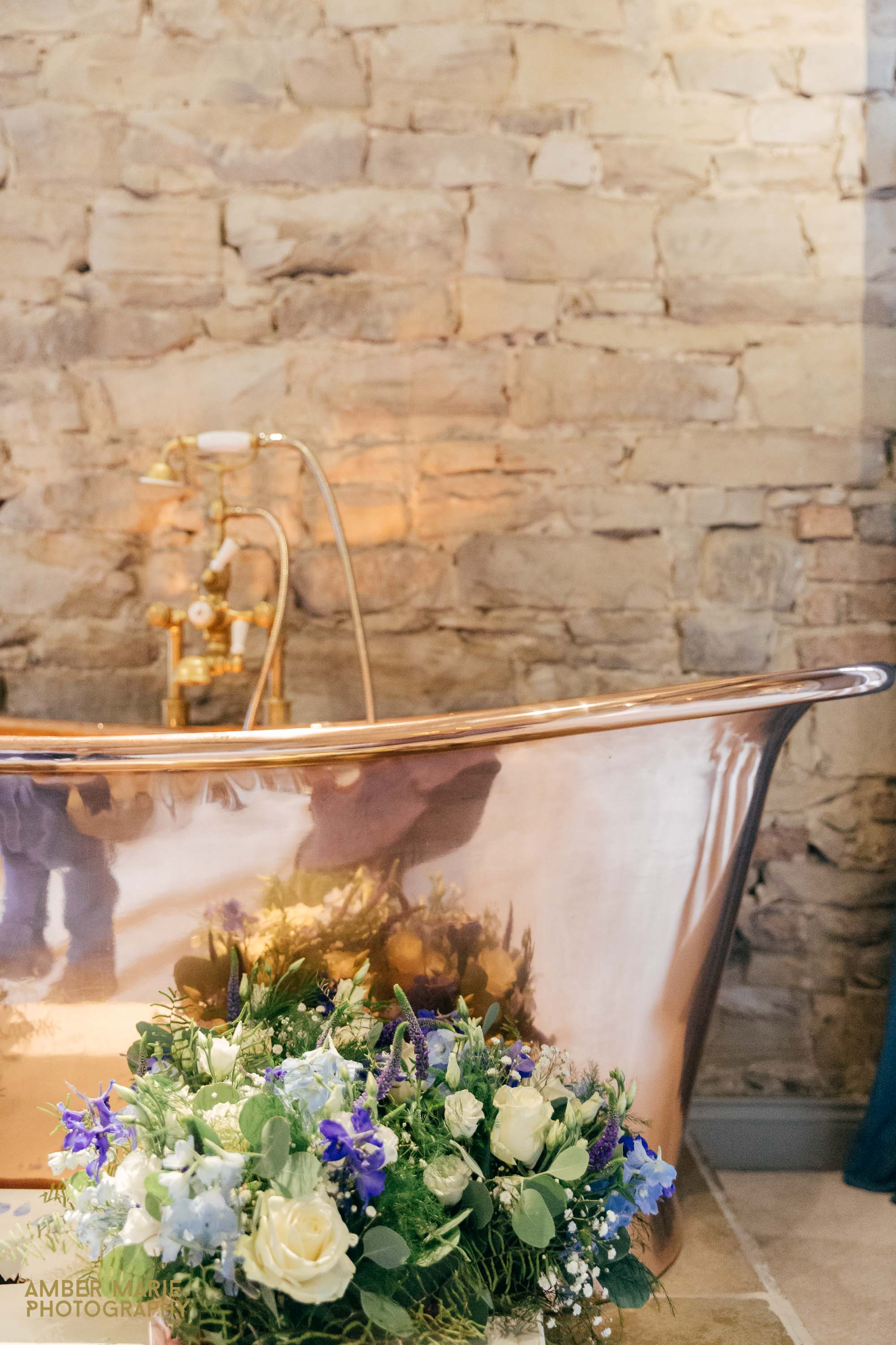 Le Petit Chateau Natural Wedding Photography Gloucestershire Wedding Photographers