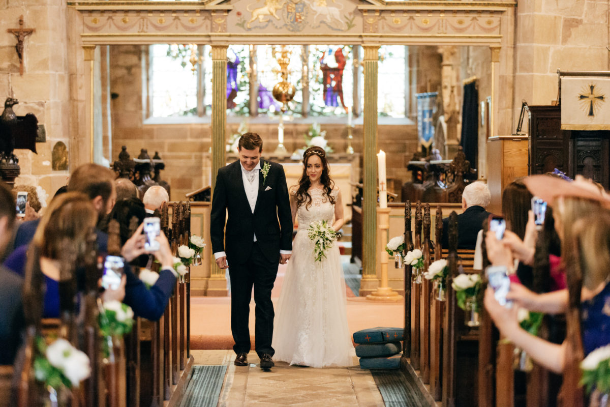 Why all weddings should be unplugged