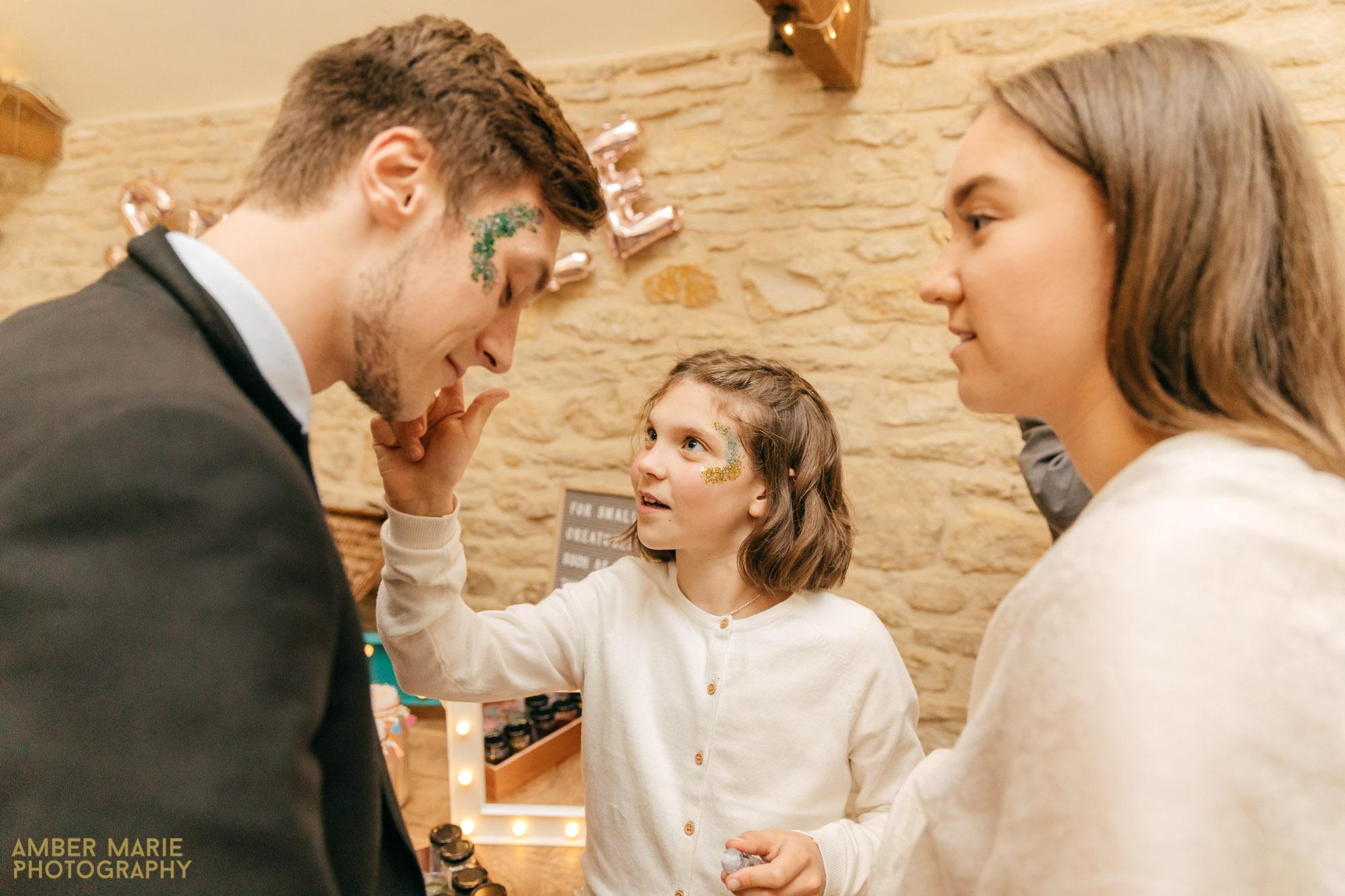 kingscote barn wedding by wedding photographer gloucestershire