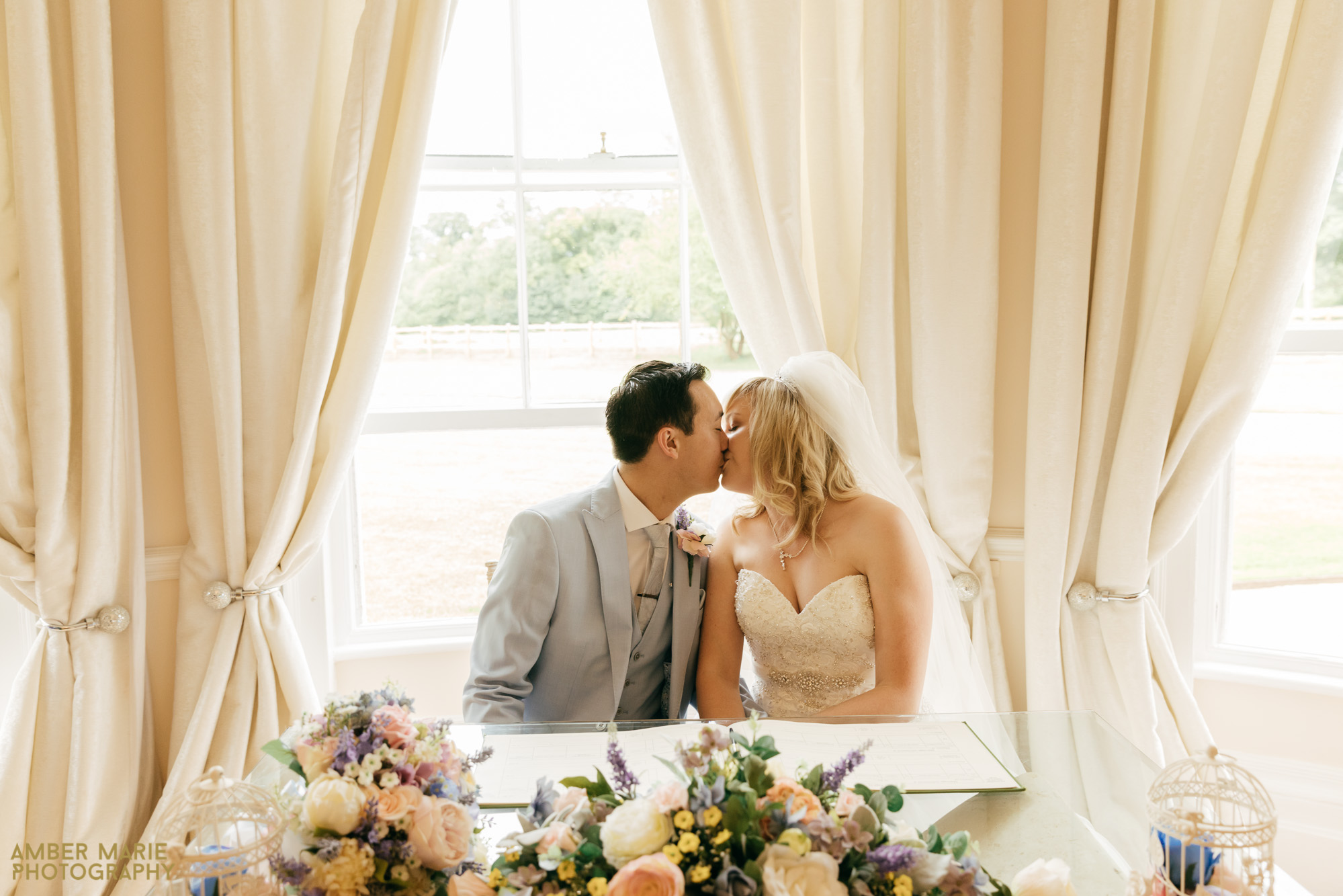 Creative cotswolds wedding photography