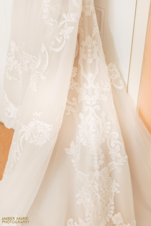 Wedding Dress Details cotswold wedding photographer