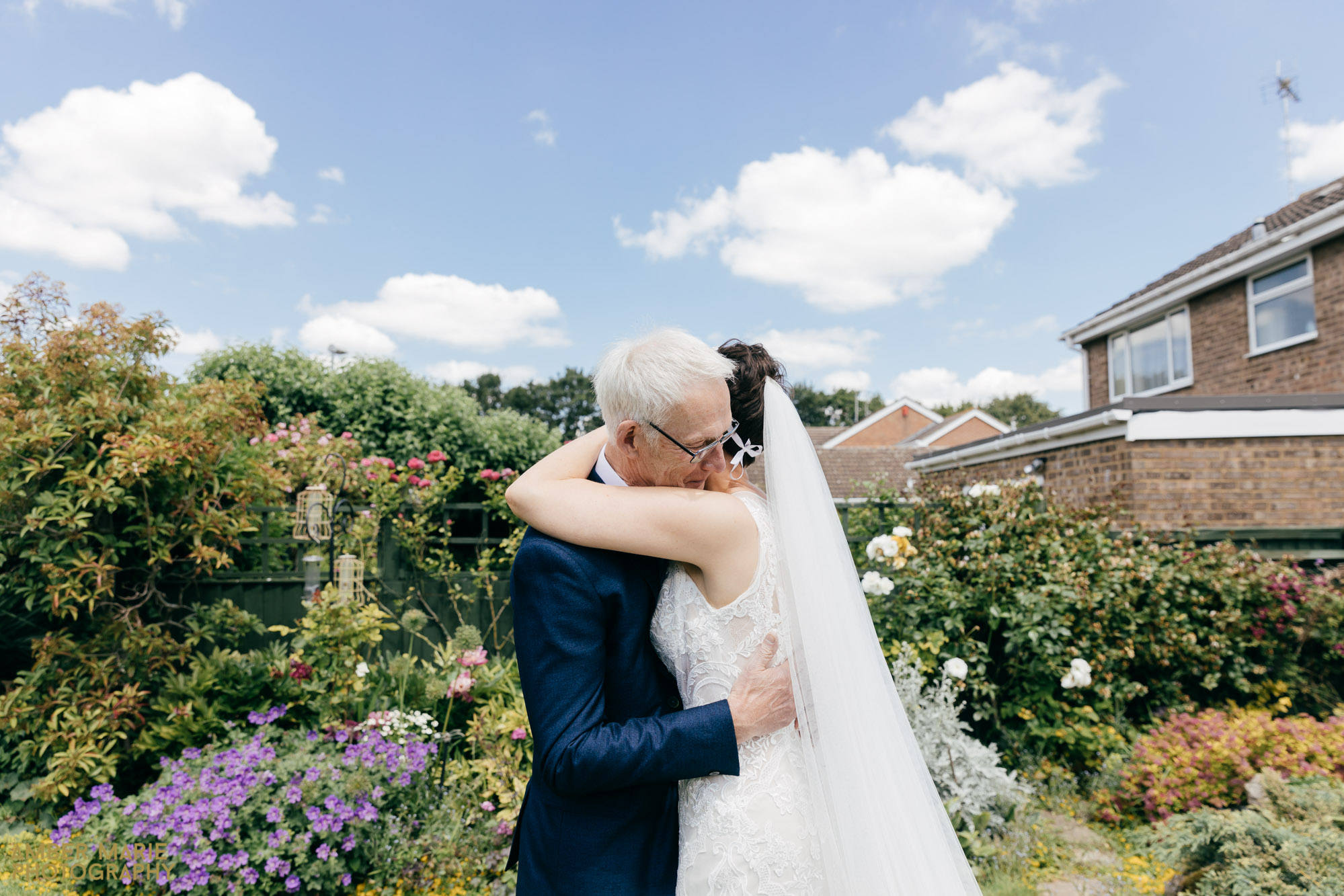creative cotswold wedding photography