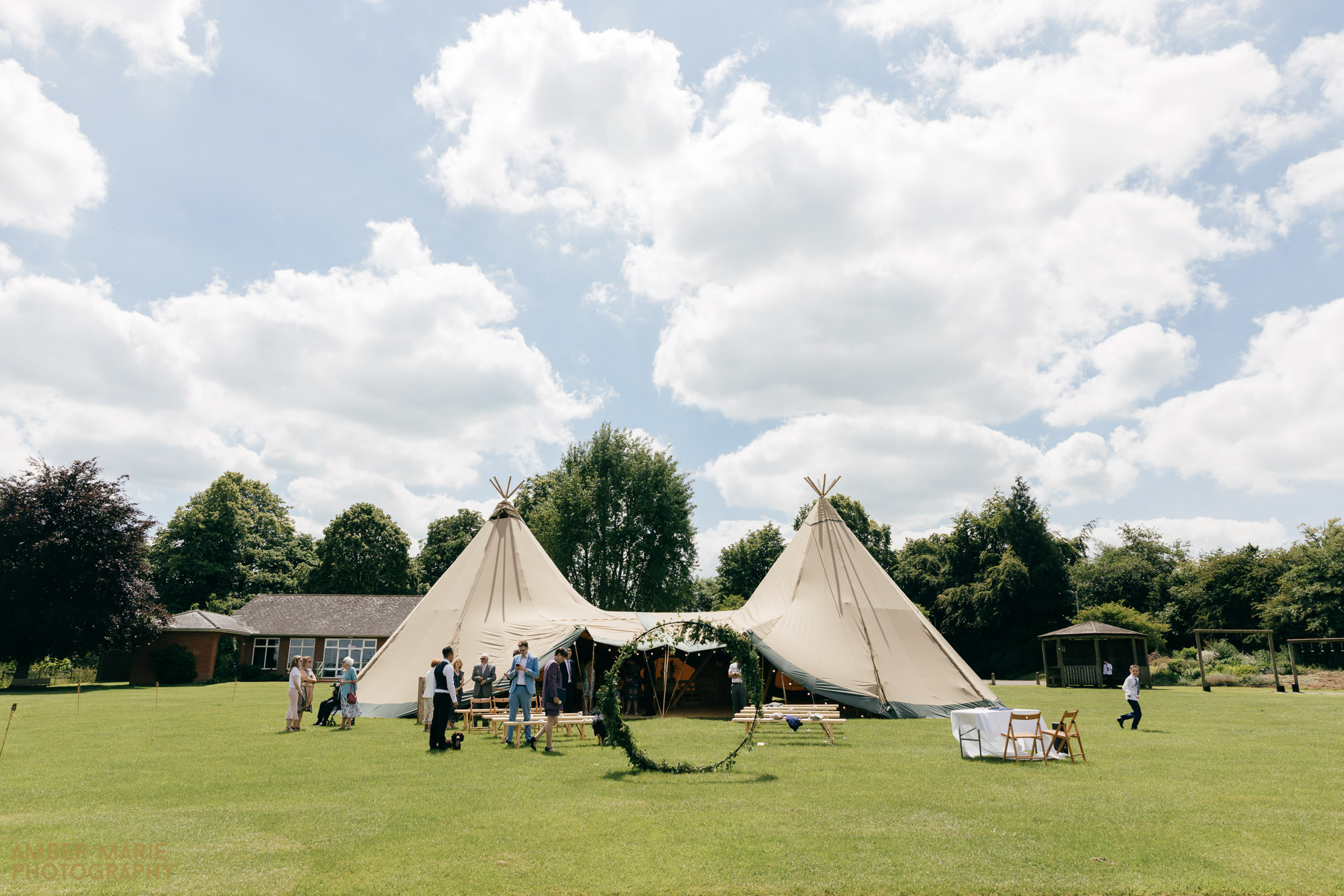rustic tipi wedding in the cotswolds wedding photographer