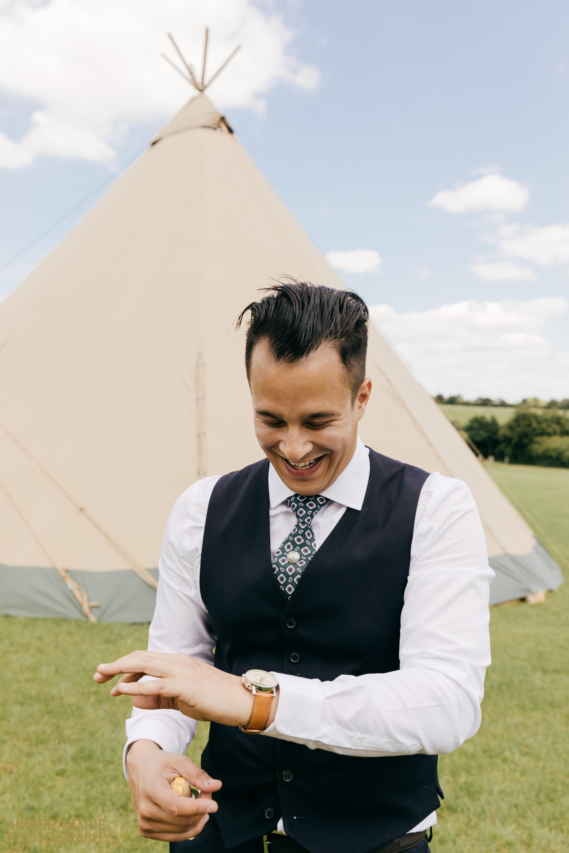 cotswold tipi wedding photography