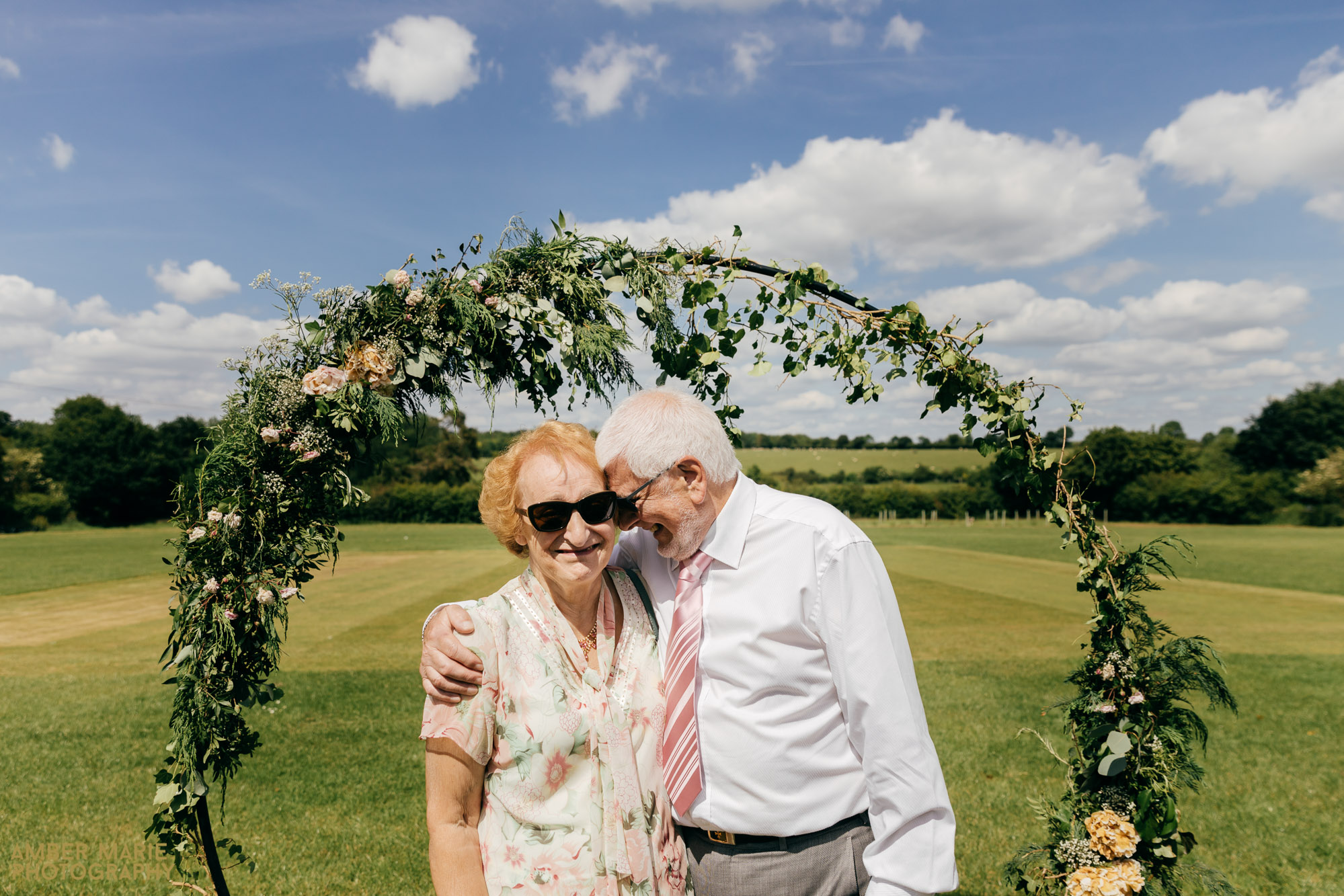 natural wedding photography by cotswolds wedding photographer