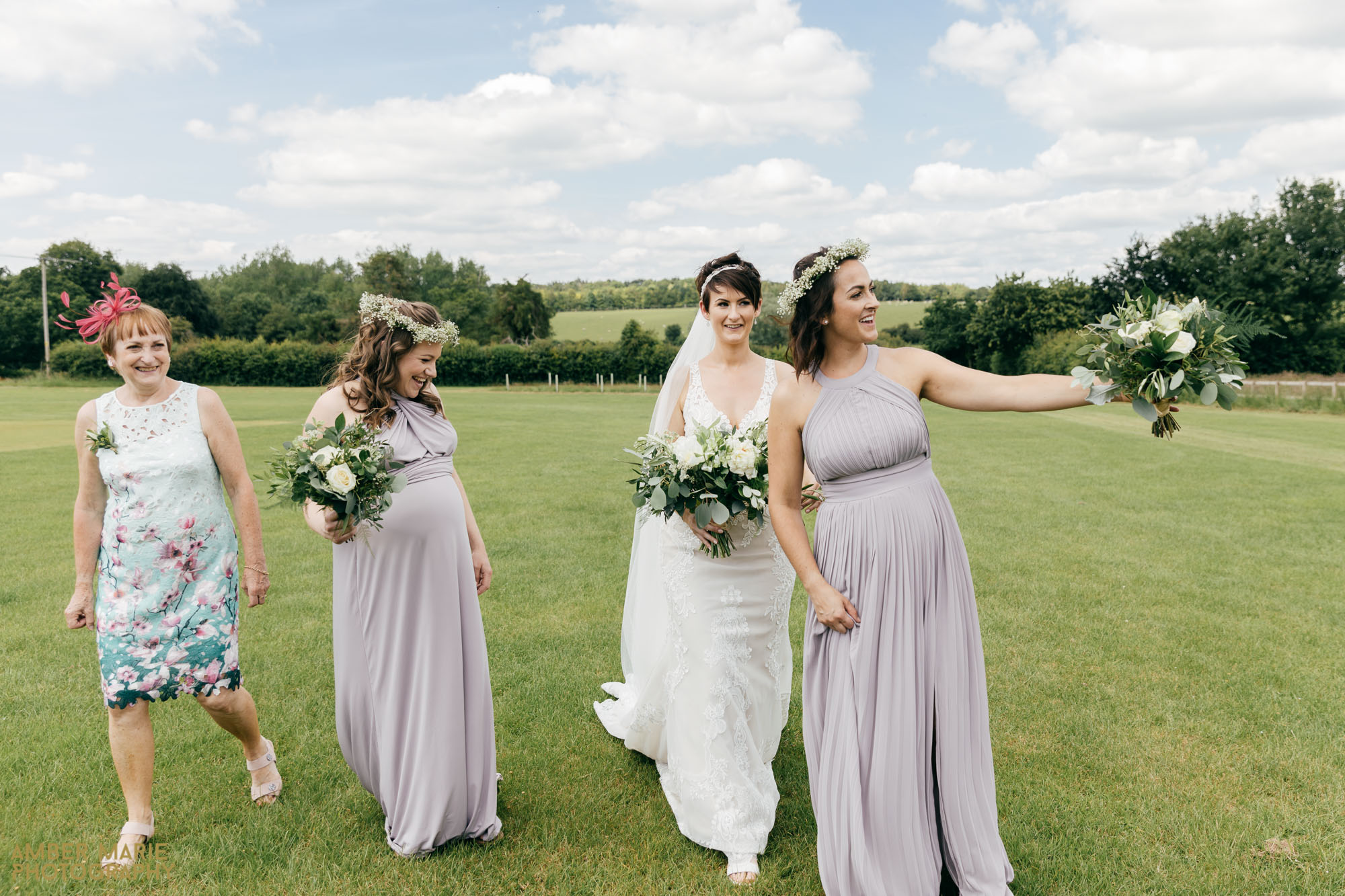 natural wedding photography cotswolds wedding photographer
