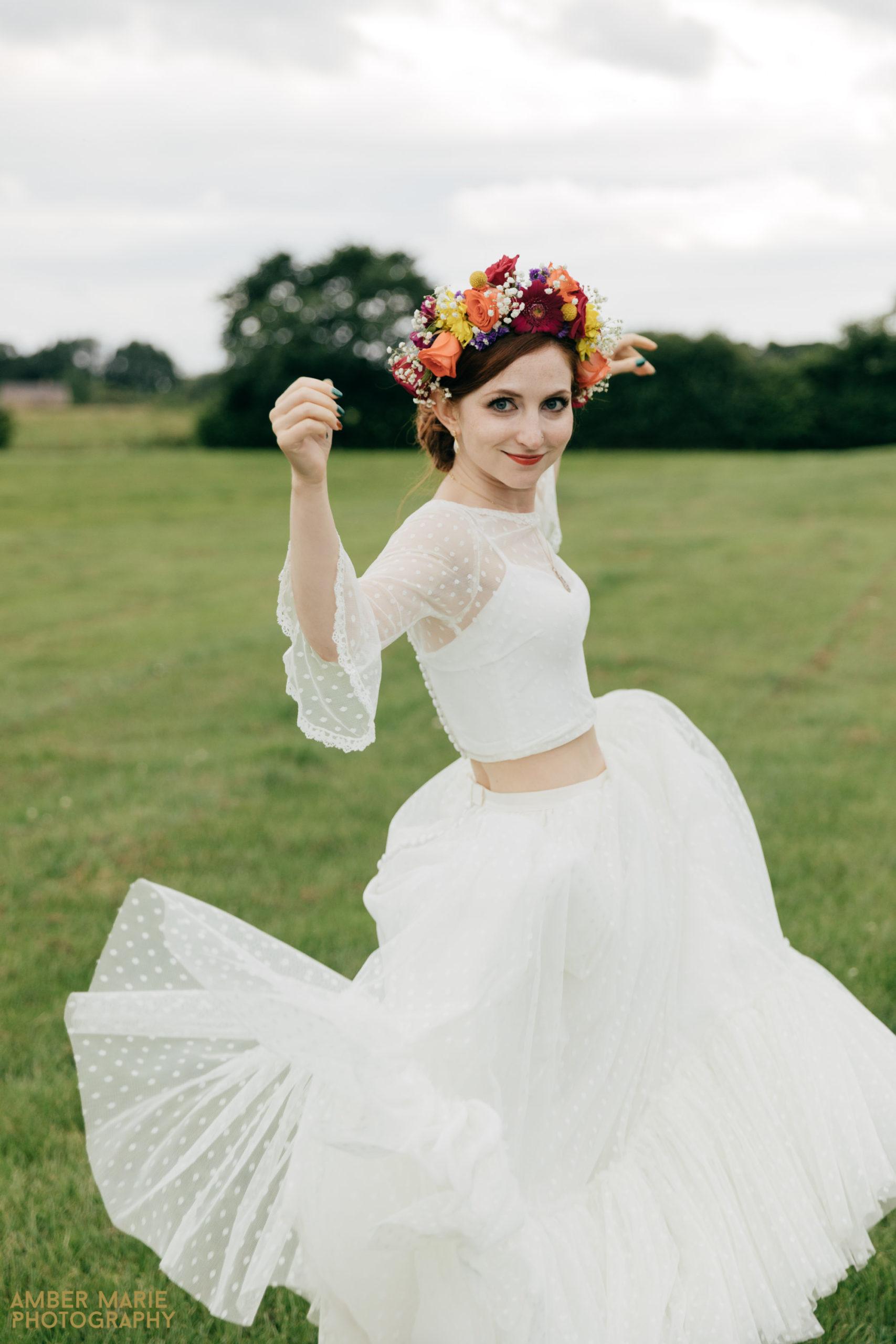 fun wedding photographer gloucestershire