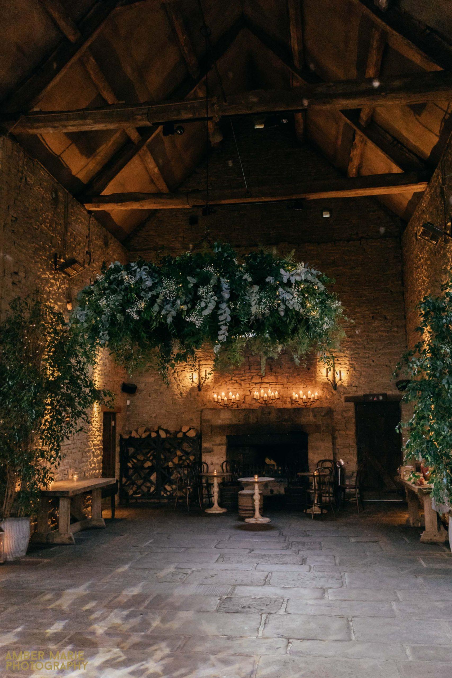 rustic cripps barn wedding