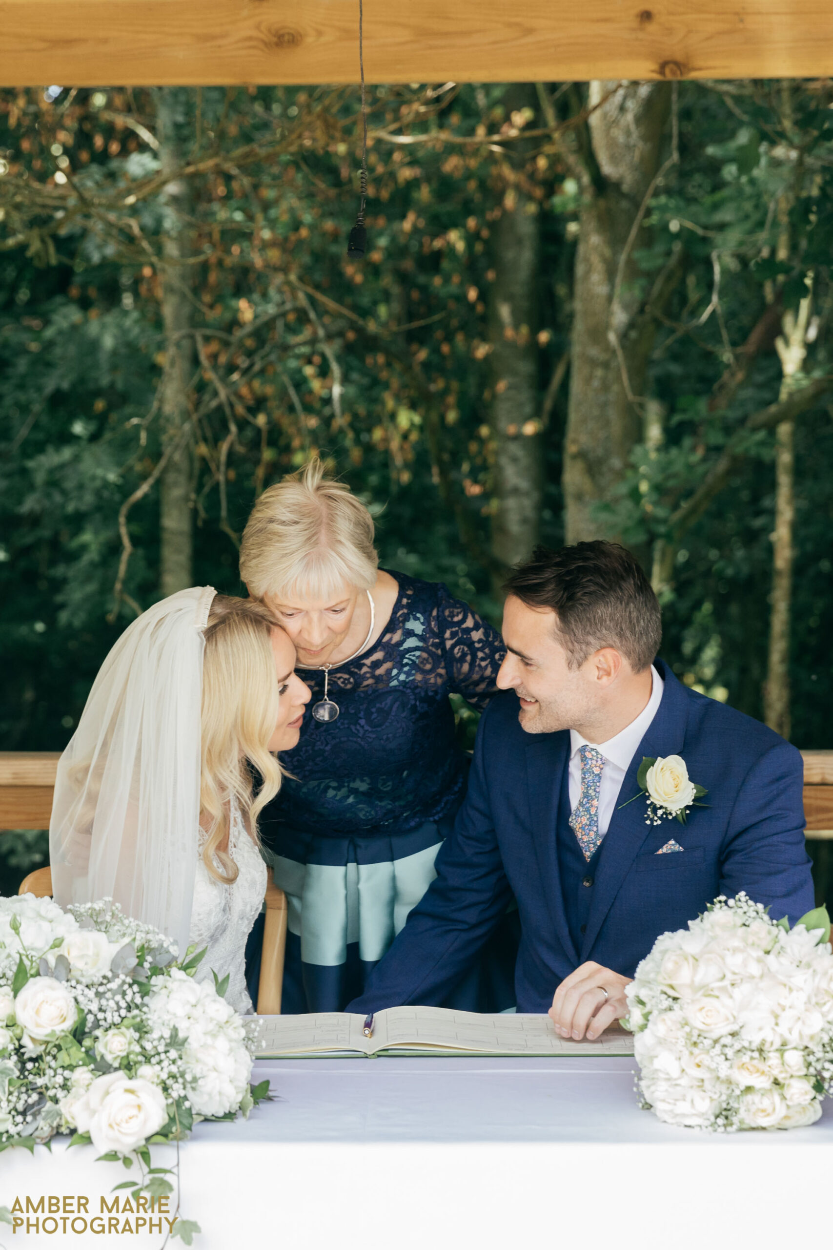 outdoor wedding cotswolds