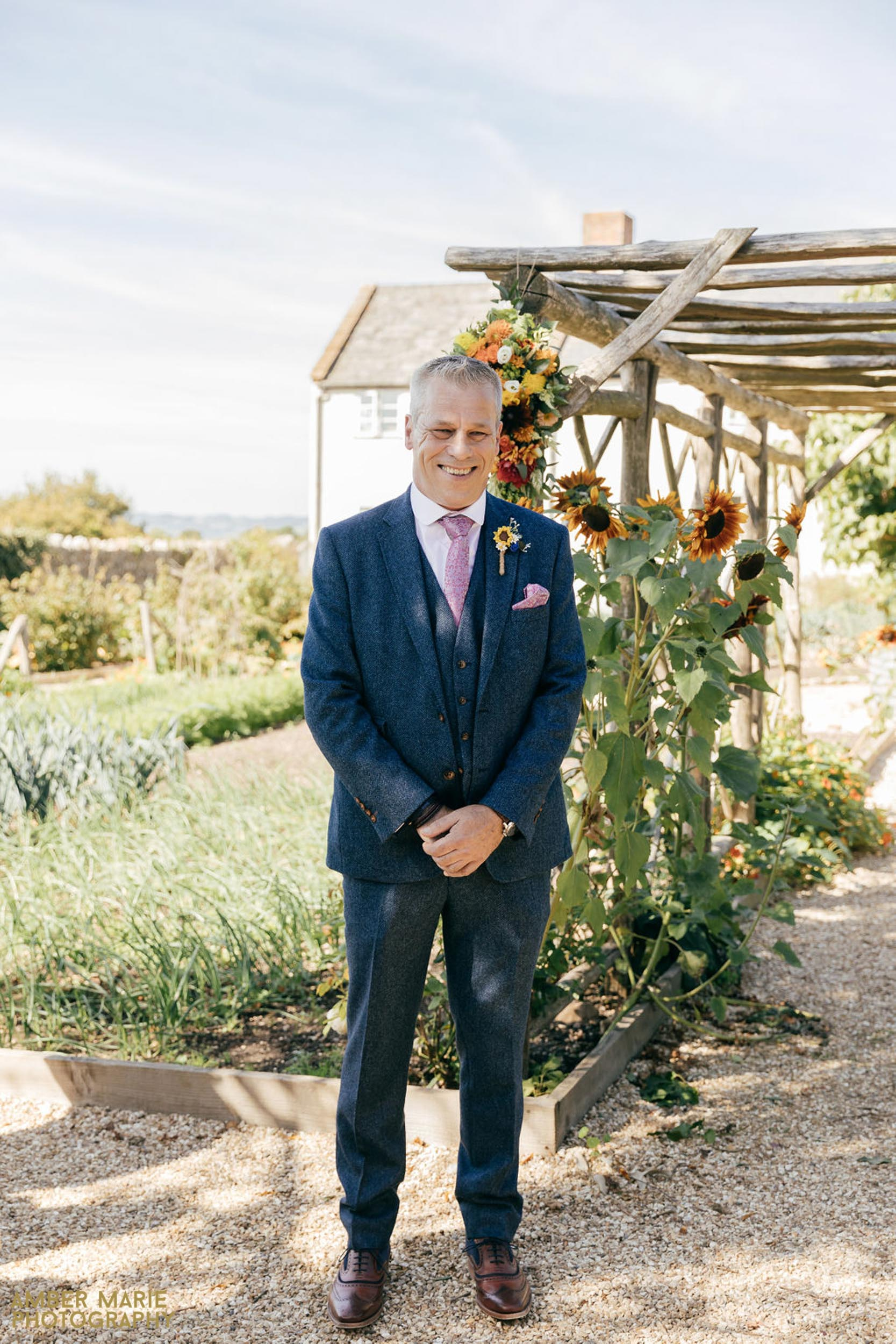 eco friendly wedding photographer