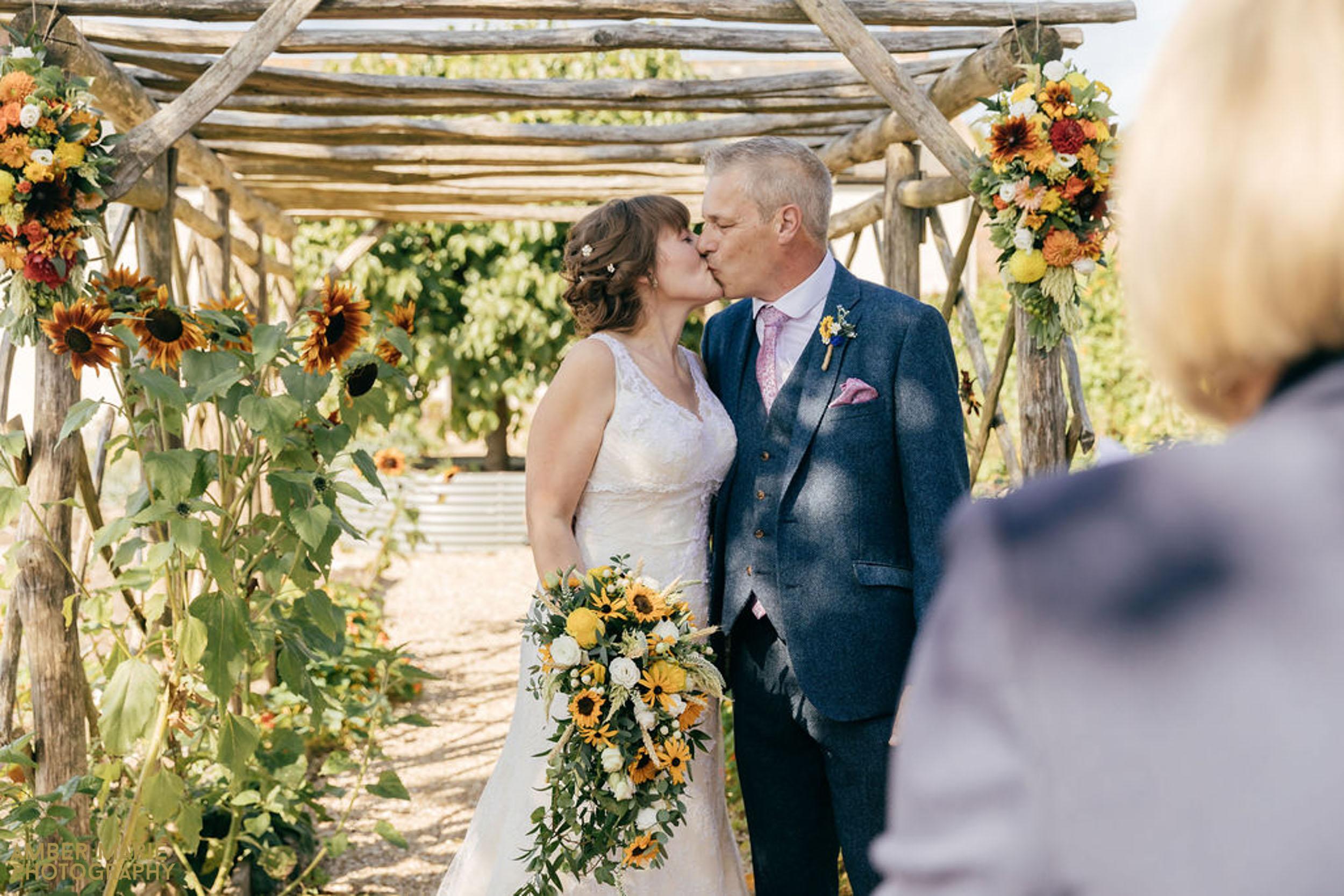 summer wedding at river cottage